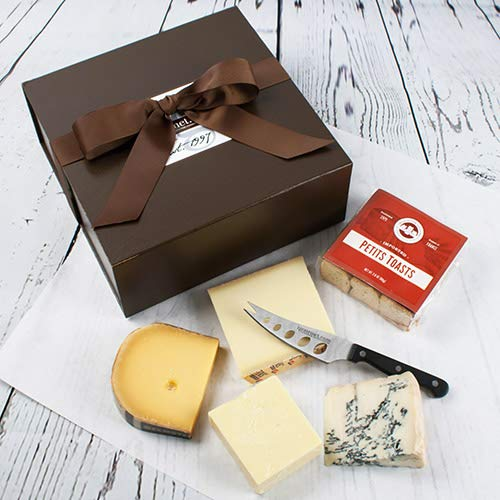 igourmets Favorites - 4 Cheese Sampler in Gift Box 2 pound