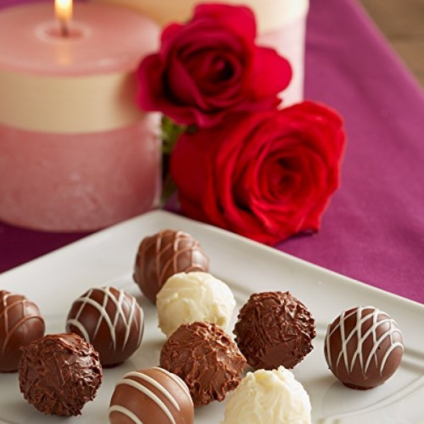 Lindt Assorted Chocolate Gourmet Truffles, Gift Box, Kosher, 7.3...