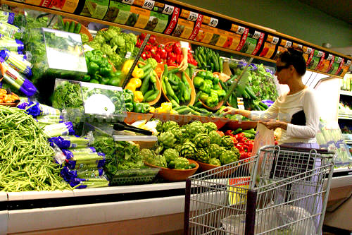 How Many United Natural Food Grocery Stores Are There
