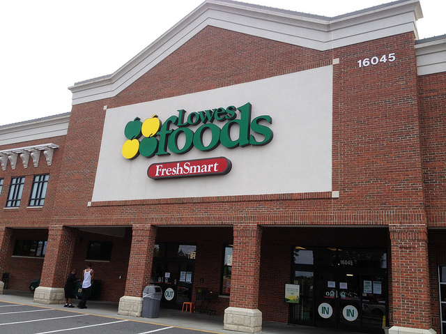 lowes food grocery store