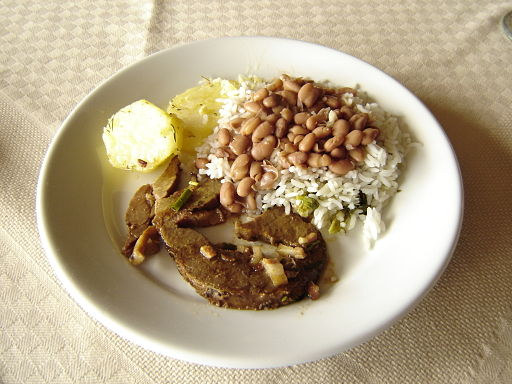 Rice_and_beans,_Hotel_in_Itatiaia.jpeg